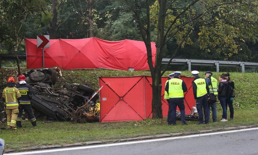 Śmiertelny wypadek w Katowicach na DK 86. Zginęło dwóch obywateli Ukrainy.