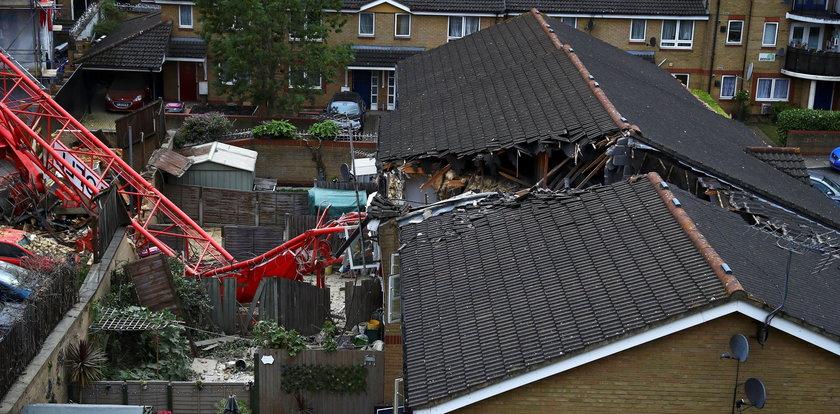 Żuraw budowlany runął nabudynki. Jedna osoba nie żyje, 4 zostały ranne