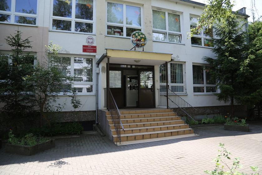 Siedziba zespołu szkolno-przedszkolnego nr 18 przy ul. Poznańskiej we Wrocławiu
