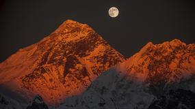 Everest 1996: zbyt wysoka cena. Kulisy tragicznej ekspedycji, podczas której zginęło 8 himalaistów