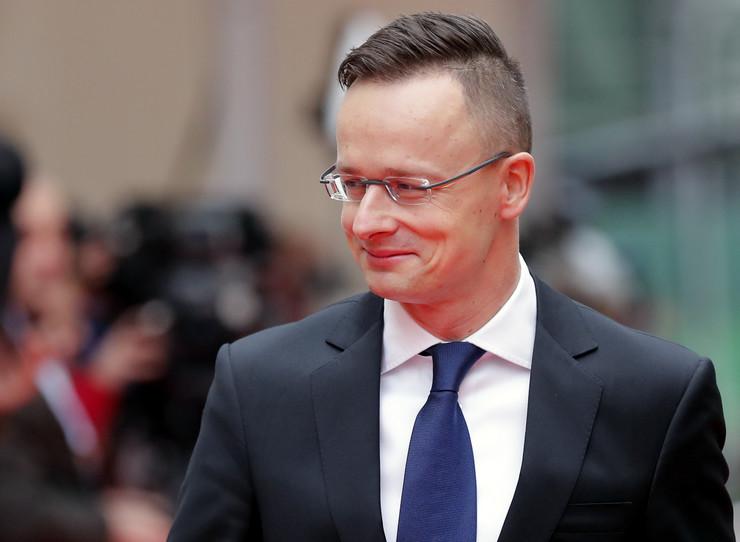 Petr Sijarto, EPA- ROBERT GHEMENT