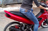 AP_devojka_i_motor_protiv_prikolice_vesti_blic_safe