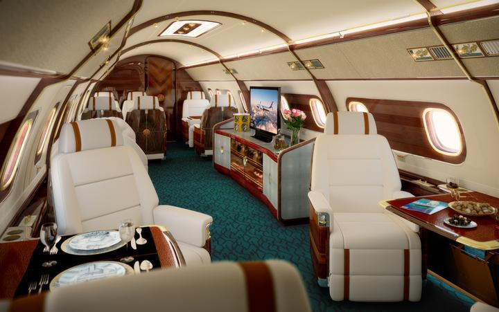 """Samoloty produkowane są na indywidualne zamówienie, a ich wnętrze jest """"szyte"""" na miarę pod konkretnego klienta."""