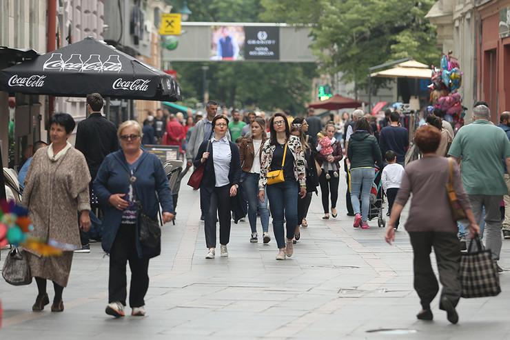 gradjani-Sarajevo-foto-S-PASALIC