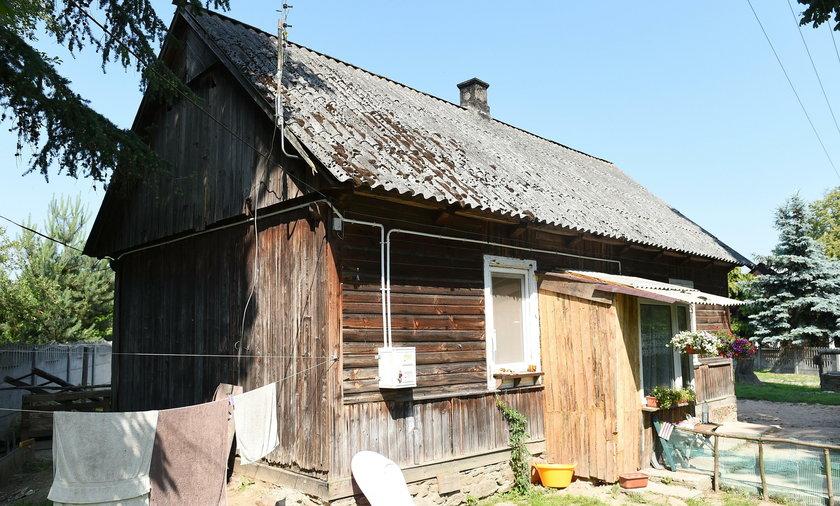 """Niemal stuletni i kompletnie zdewastowany dom w programie """"Nasz nowy dom"""""""