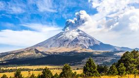 Z meksykańskiego wulkanu wydobywały się kłęby pary przypominające ludzkie twarze
