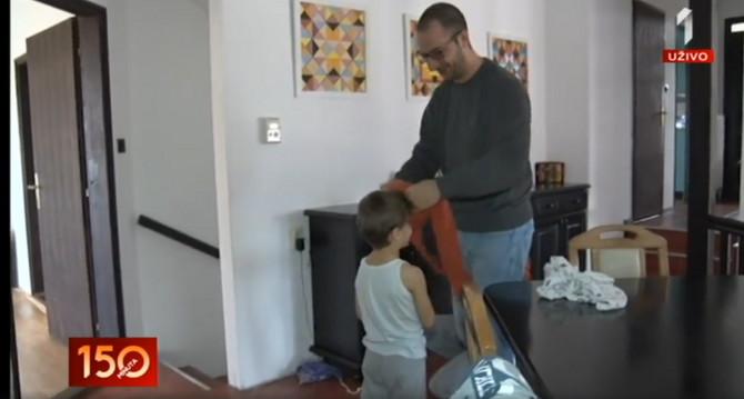 Tata Relja kaže da su deca složna baš zato što je porodica tako brojna