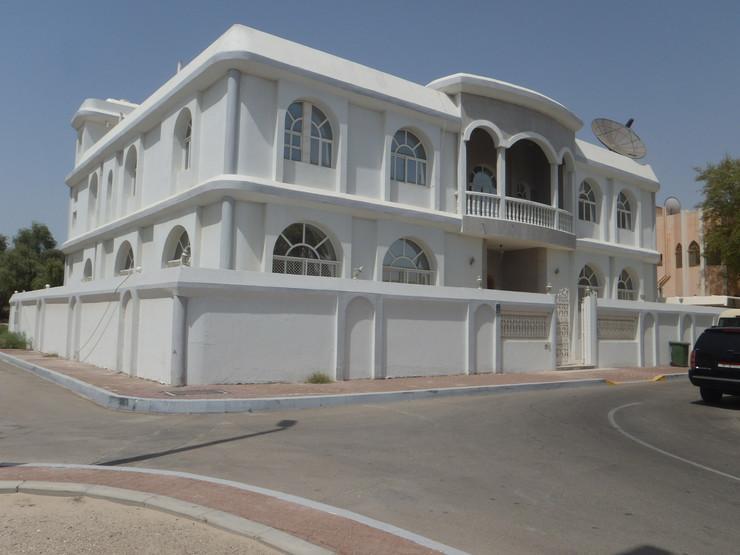 371678_emirati-ambasada-1