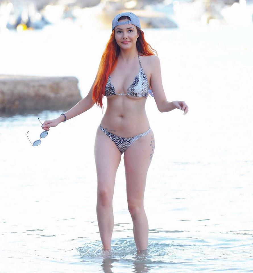 Selfie Sarah Goodhart naked (56 foto and video), Ass, Fappening, Twitter, underwear 2006