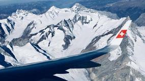 Pilot zaskoczył pasażerów nieplanowanym lotem widokowym nad Alpami