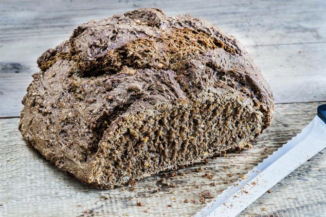Od pšenice i raži se pravila pogača, i kvasna i beskvasna