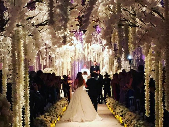Ova venčanja nismo mogli da propustimo: Jednu mladu je ispratila cela Srbija
