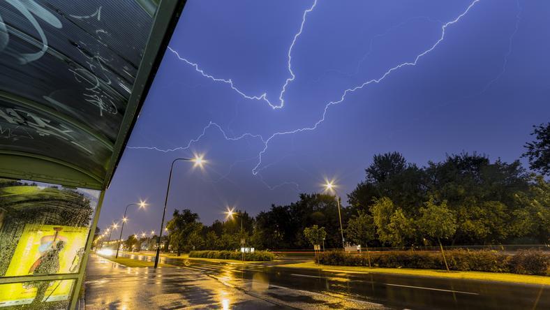 Nocna burza nad Poznaniem