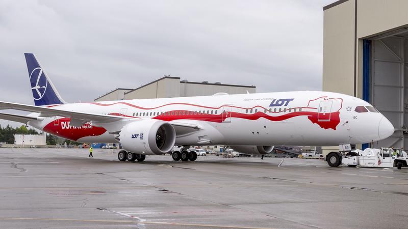Biało-czerwony Dreamliner Lot na 100-lecie odzyskania niepodległości