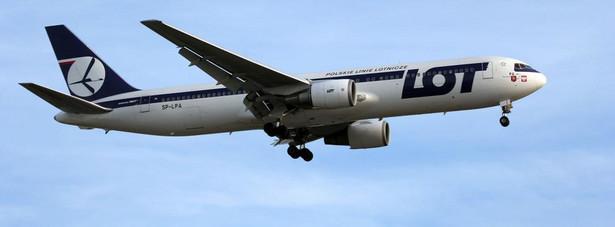 W ubiegłym roku, LOT stracił na przewozie pasażerów 146,5 miliona złotych.