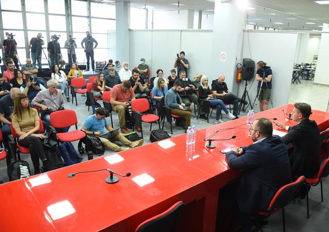Predsednik KK Partizan Ostoja Mijailović pred novinarima