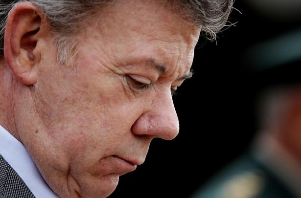 Norweski Komitet Noblowski przyznał w piątek Pokojową Nagrodę Nobla prezydentowi Kolumbii Juanowi Manuelowi Santosowi za zdecydowane wysiłki na rzecz zakończenia trwającej od ponad 50 lat wojny domowej w tym kraju.