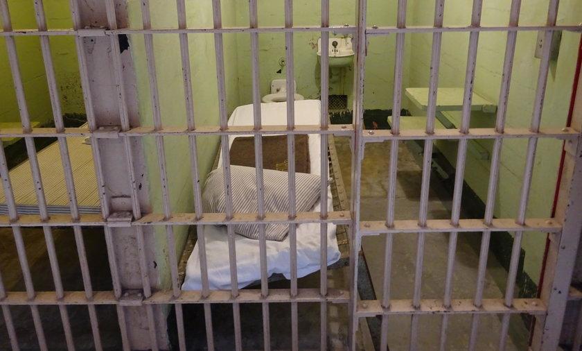 56-latek zmarł w celi  Policyjnej Izby Zatrzymań w Przasnyszu
