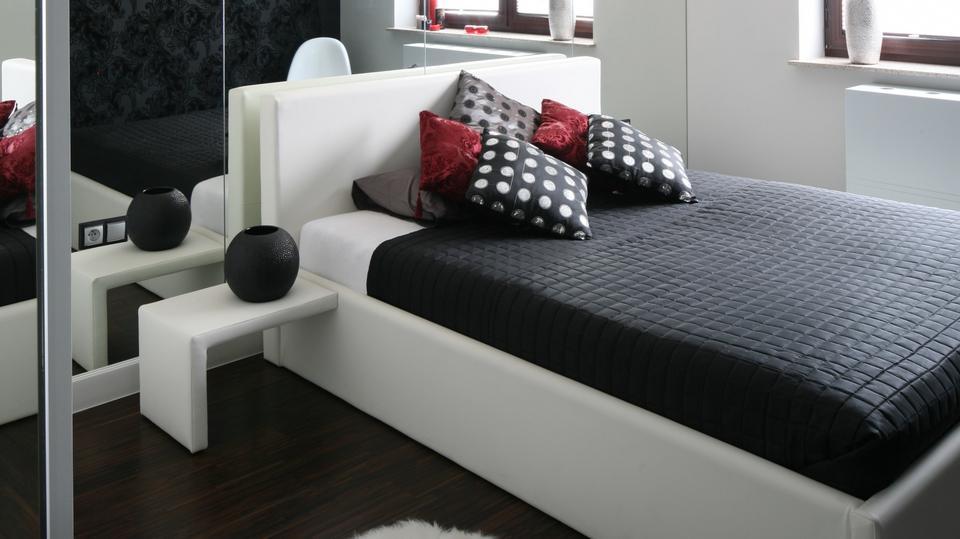 Jak Fajnie Urządzić Małą I Wąską Sypialnię W Bloku 10