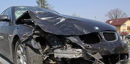 Śmierć na drodze. BMW uderzyło w Hondę, dwie osoby nie żyją
