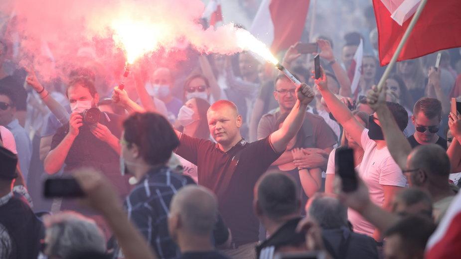 Uupamiętnienie Godziny W w Warszawie