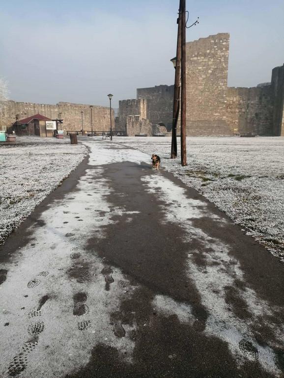 Industrijski sneg zabeležen i u Smederevu