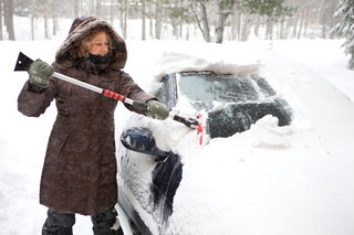 Sprawdź, za co kierowca zapłaci mandat zimą