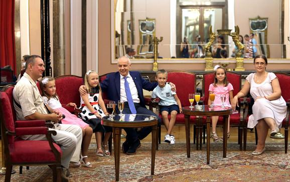 Porodica Mihajlović kod gradonačelnika