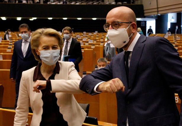 Parlament Europejski. Ursula von der Leyen i Carles Michel