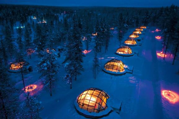 Hotel sa igloima u Arktičkom krugu u Finskoj