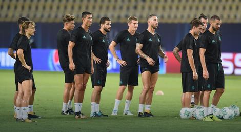 Fudbaleri Reala na treningu