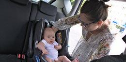 Jak bezpiecznie wozić dziecko