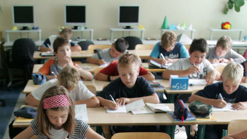 Brakuje miejsca dla najmłodszych uczniów