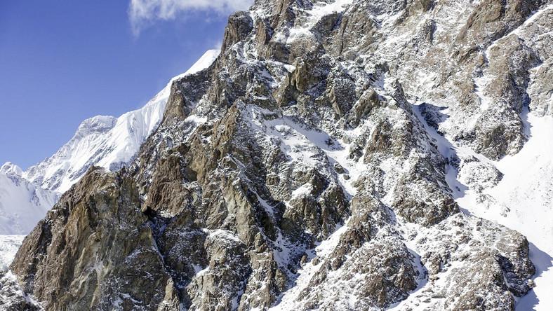 Baza zimowej wyprawy narodowej na niezdobyty zimą szczyt w Karakorum
