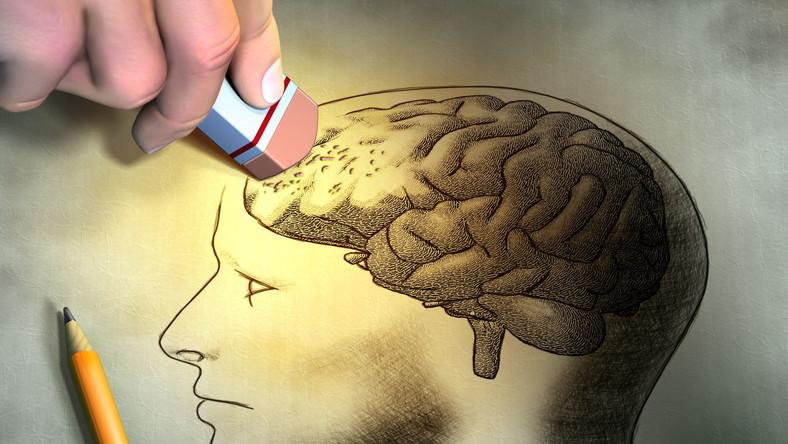 Choroba Alzheimera wymyka się szablonom, wciąż jeszcze nie wiemy o niej wszystkiego, natomiast wiemy, że pierwszym ważnym krokiem, by ją poznać jest obalenie fałszywych teorii na jej temat