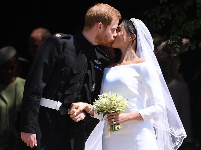 """Cela nacija kaže da Megan NE ZASLUŽUJE princa: A svi su """"zaboravili"""" šta je ON uradio 2005. godine"""