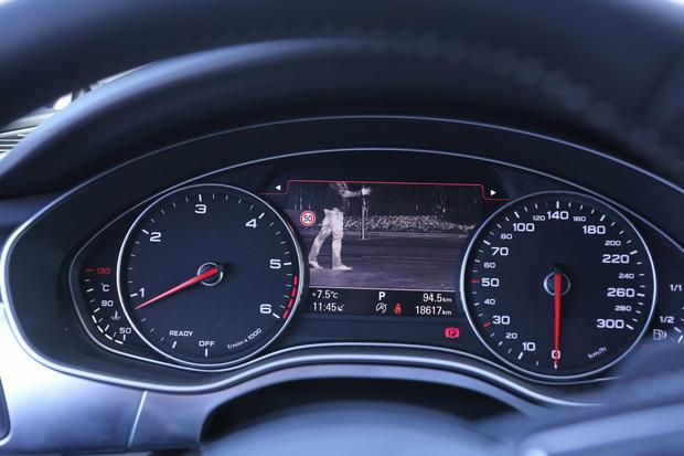 Asystent jazdy w nocy w Audi A7
