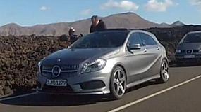 Mercedes Klasy A na pierwszym zdjęciu
