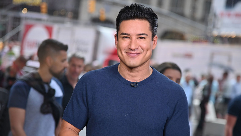 Mario Lopez Has a Bad Take on Trans Kids & #MeToo