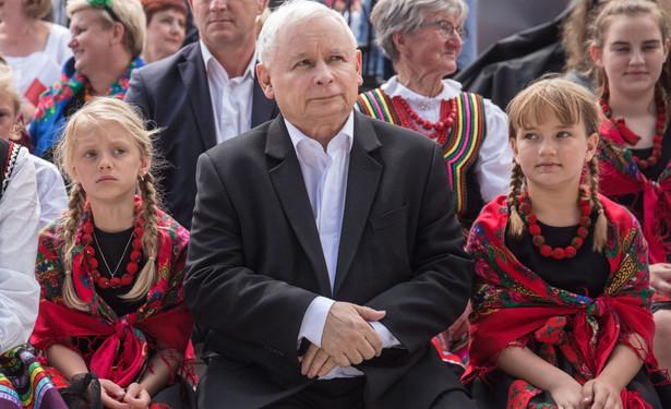 """""""Sondaże pokazują, że w polskiej polityce wszystko jest możliwe, że PiS nie ma zagwarantowanego zwycięstwa, i że ta kampania ma sens, dlatego, że dzień wyborów może być tym dniem, że okaże się, że zmieniamy władzę w Polsce"""""""