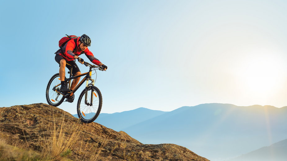 Jak wybrać kurtkę na rower?