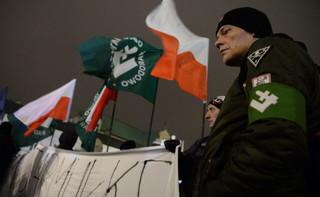 Marsz narodowców w Hajnówce i sprzeciw mieszkańców. Zatrzymano 6 kontrmanifestantów