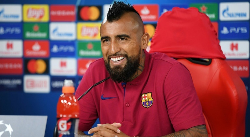 Barcelona's Vidal joins Inter for 1 million euros