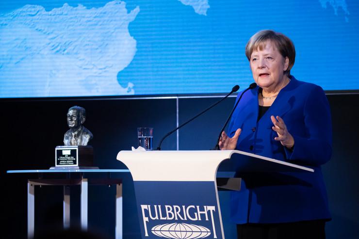 Angela Merkel, EPA-HAYOUNG JEON