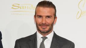 Elegancki David Beckham na konferencji. Wciąż przystojny?