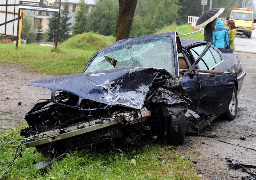 Zniszczone BMW