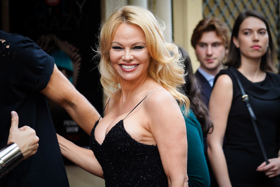 Pamela Anderson dziś / Getty Images / Edward Berthelot