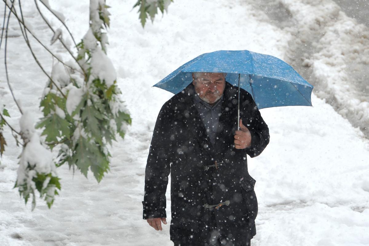 00:59 Danas oblačno, mestimično sneg i susnežica
