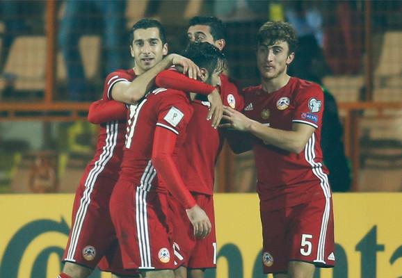 Fudbaleri Jermenije na meču sa Crnom Gorom
