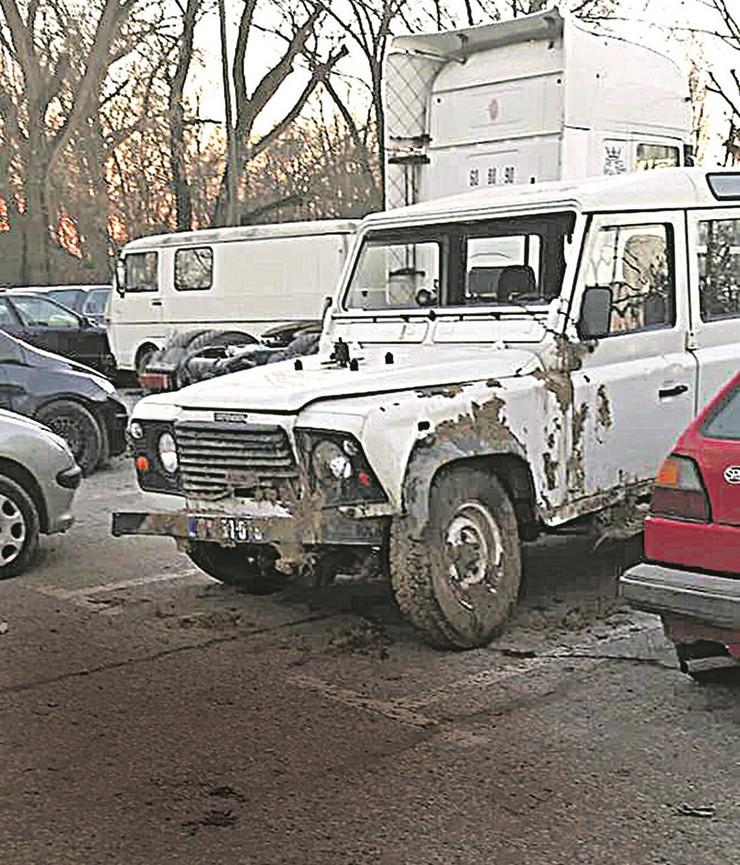KOMANDIR POLICIJE MRTAV PIJAN SLUPAO AUTO Vozio sa dva promila službenog džipa, pa sleteo s puta; MUP: I na posao dolazio PIJAN (FOTO)